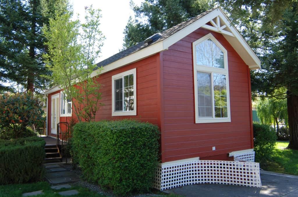 Rotes Tiny House